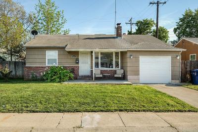 Sacramento CA Single Family Home For Sale: $262,000