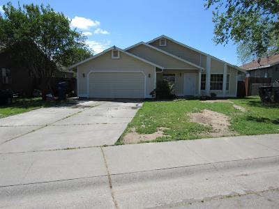 Sacramento Single Family Home For Sale: 1142 Rivera Drive