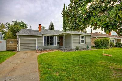 Sacramento Single Family Home For Sale: 6101 15th Avenue