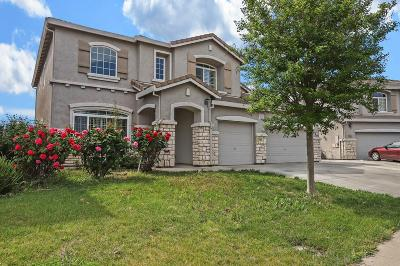 Single Family Home For Sale: 8859 Bergamo Cir