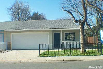 Modesto CA Single Family Home For Sale: $255,000