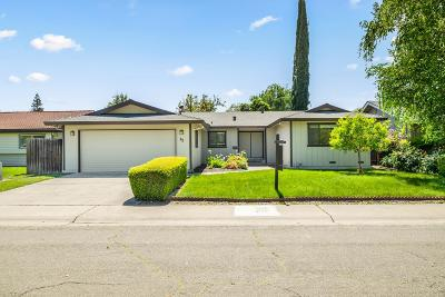 Sacramento CA Single Family Home For Sale: $475,000
