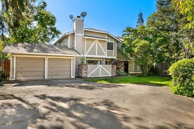 Sacramento County Multi Family Home For Sale: 1835 Westminster Court
