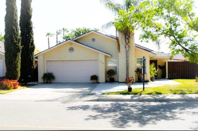 Turlock Single Family Home For Sale: 1620 Amberwood Lane
