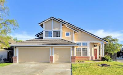 Elk Grove Single Family Home For Sale: 5200 Deepdale Way