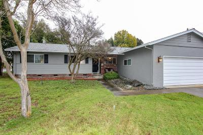 Sacramento County Single Family Home For Sale: 1550 Eastern Avenue