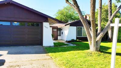 Sacramento Single Family Home For Sale: 9069 Trujillo Way