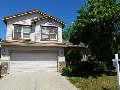 Roseville Single Family Home For Sale: 6648 Maple Creek Drive