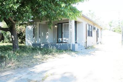 Sacramento County Multi Family Home For Sale: 2422 Knoll Street