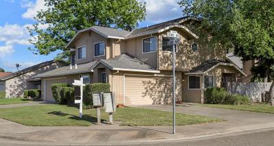 Lodi Multi Family Home For Sale: 390 Elgin Avenue
