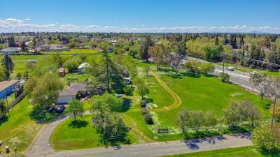 Elk Grove Single Family Home For Sale: 8918 Campbell Road