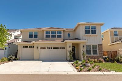 Discovery Bay Single Family Home For Sale: 512 Harbor Cove Circle