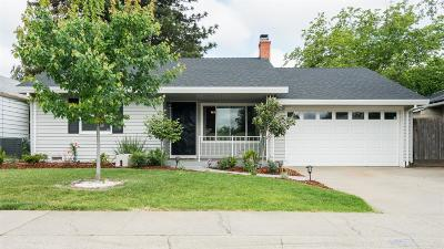 Sacramento Single Family Home For Sale: 1112 Janey Way