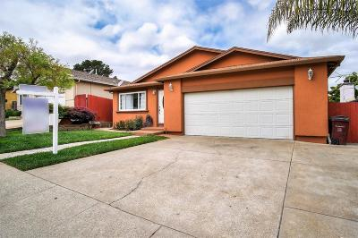Hayward Single Family Home For Sale: 3326 Jamie Way