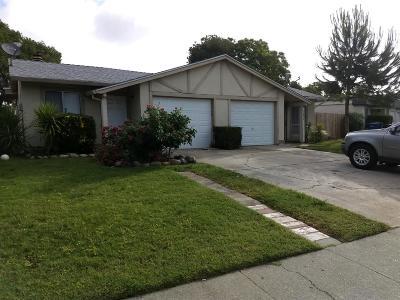 Sacramento Single Family Home For Sale: 5085 Shell Street