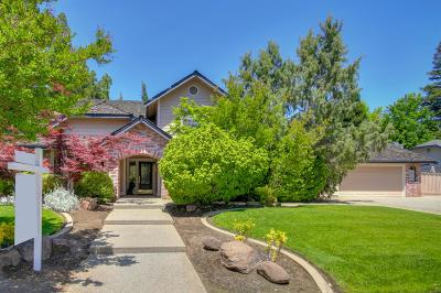 Elk Grove Single Family Home For Sale: 5080 Willow Vale Way