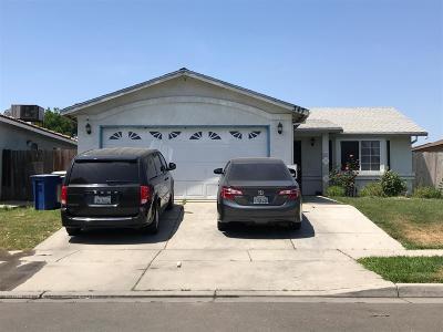 Merced Single Family Home For Sale: 347 La Mesa Court