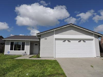 Single Family Home For Sale: 7225 Aberfeldy Way