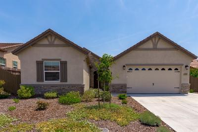 Roseville Single Family Home For Sale: 3121 Wiskel Way
