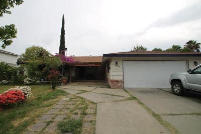 Sacramento Single Family Home For Sale: 33 Brentford Circle