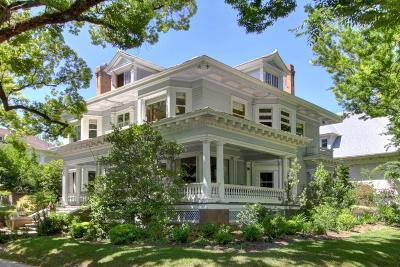 Sacramento Single Family Home For Sale: 2000 22nd Street