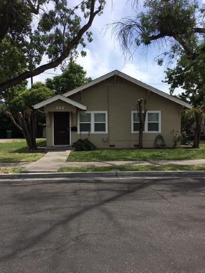 Stockton Single Family Home For Sale: 250 East Hampton Street