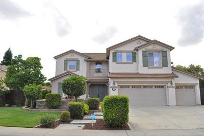 Roseville Single Family Home For Sale: 1408 Farmgate Circle