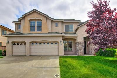 Elk Grove Single Family Home Contingent: 7312 Danberg Way