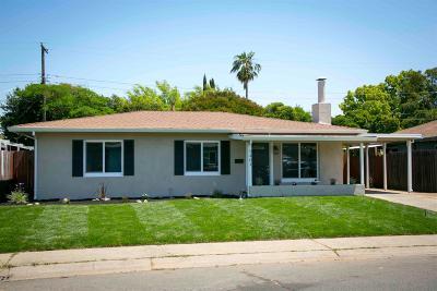 Sacramento CA Single Family Home For Sale: $324,500