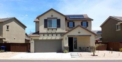 Sacramento CA Single Family Home For Sale: $490,000