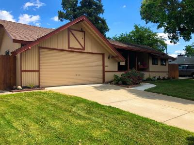 Citrus Heights Single Family Home For Sale: 7048 Carriage Drive