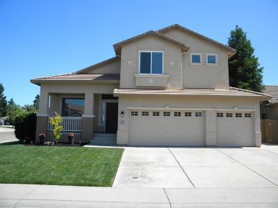 Galt CA Single Family Home For Sale: $479,900