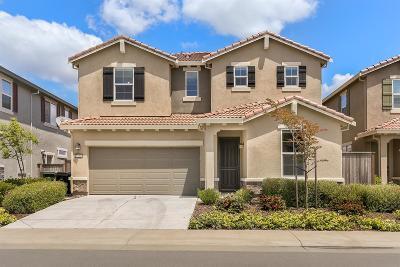 Roseville Single Family Home For Sale: 5120 Glenwood Springs Way