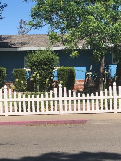 Newman Single Family Home For Sale: 1942 Pine