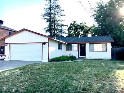 Sacramento Single Family Home For Sale: 6332 Logan Street