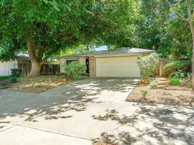 Davis Single Family Home For Sale: 2900 Temple Drive
