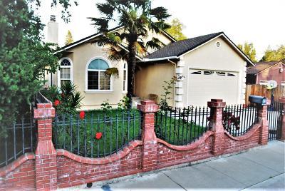 West Sacramento Single Family Home For Sale: 717 Solano Street