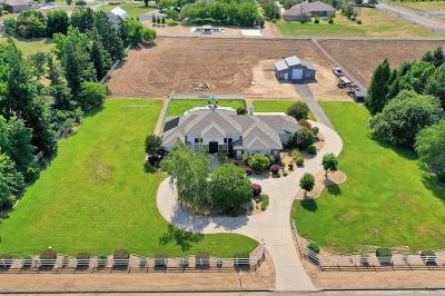 Single Family Home For Sale: 9811 Red Fox Drive