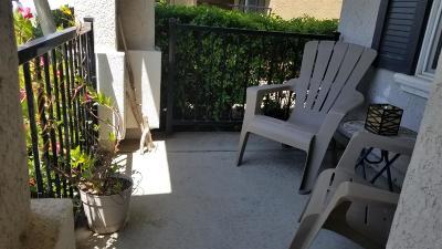 Sacramento Single Family Home For Sale: 6076 Meeks Way