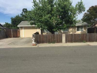 Elverta Single Family Home For Sale: 8240 Manhart Way
