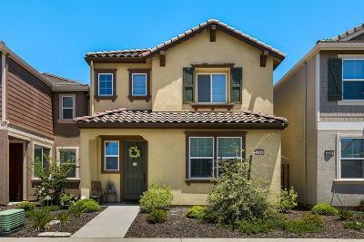 Rancho Cordova Single Family Home For Sale: 3229 Gosport Way