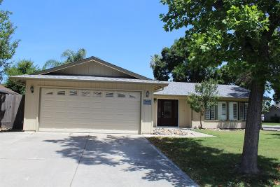 Stockton Single Family Home For Sale: 3405 Estate Drive