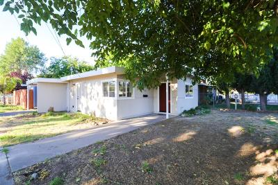 Sacramento County Single Family Home For Sale: 453 Lampasas Avenue
