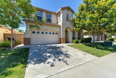 Roseville Single Family Home For Sale: 1705 Sevilla Drive