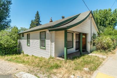 Grass Valley Single Family Home For Sale: 212 Bennett Street