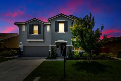 Manteca Single Family Home Contingent: 920 Storybook Street