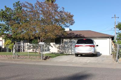 North Highlands Single Family Home For Sale: 5736 San Ardo Way