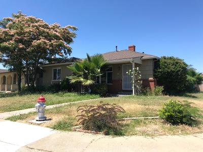 Sacramento Single Family Home For Sale: 6345 40th Avenue