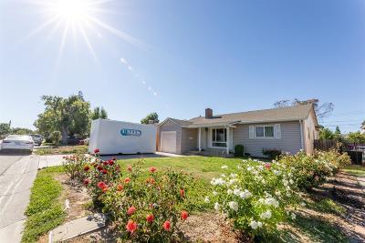 Sacramento Single Family Home For Sale: 2041 Joan Way