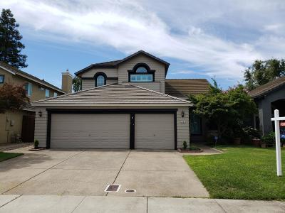 Lodi Single Family Home Contingent: 2564 Sequoia Street